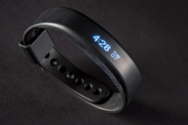 recensione vivosmart smartwatch