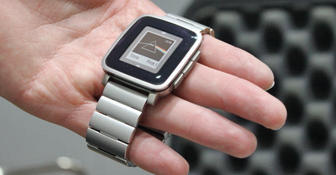 Pebble time steel migliore smartwatch batteria