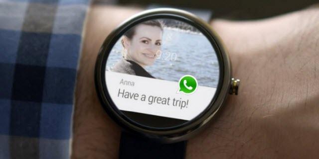 orologio con whatsapp