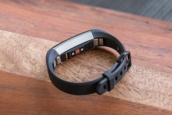Hardware Fitbit Alta HR