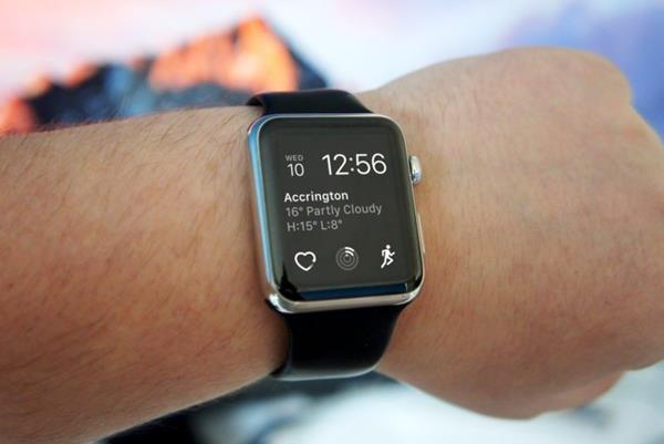 Valutazione Apple Watch Series 3