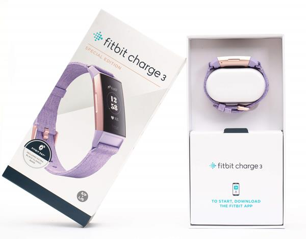 Recensione Fitbit Charge 3: Unboxing