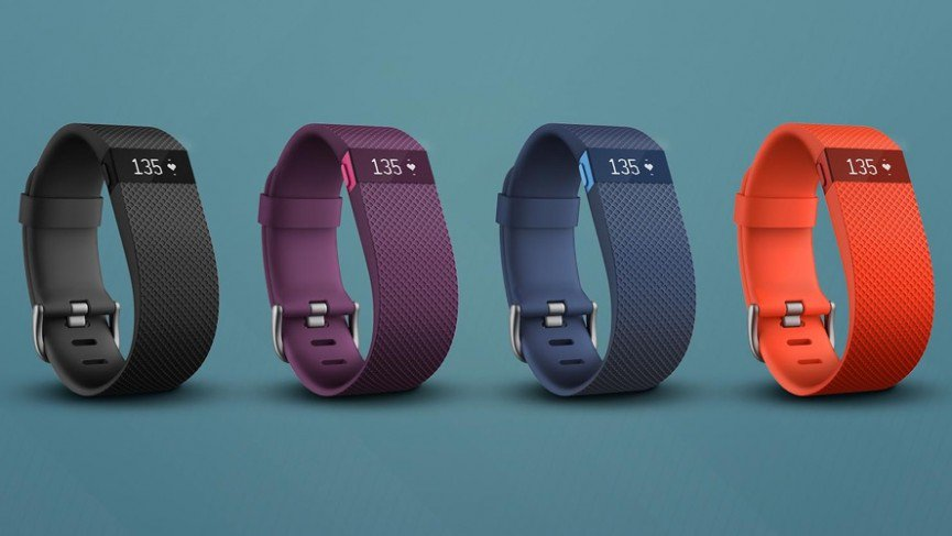 recensione fitness tracker smartband fitbit charge hr opinioni
