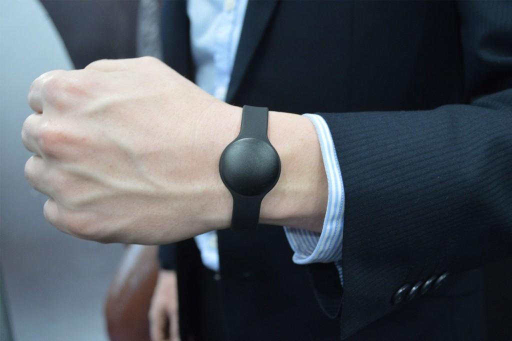 recensione shine braccialetto