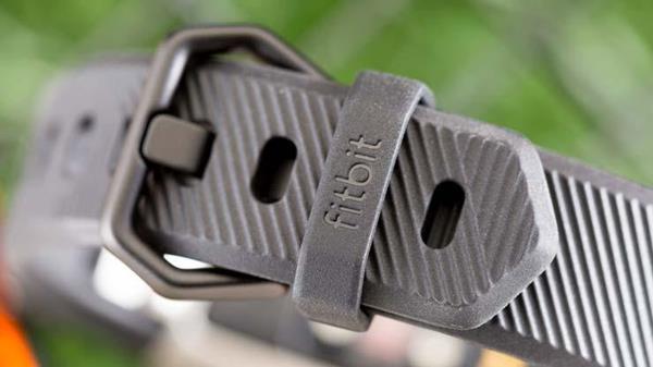 Aggancio cinturino Fitbit Alta HR