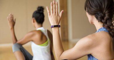 migliori fitness tracker per lo yoga