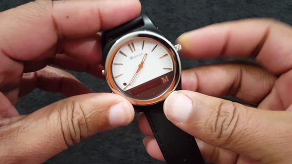 Vantaggi smartwatch analogici