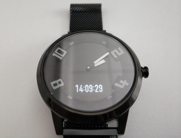 Recensione Lenovo Watch X: Il display