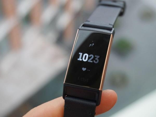 Recensione Fitbit Charge 3: Design