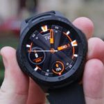 Recensione Ticwatch S2: Display