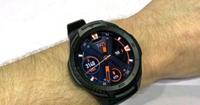 Recensione Ticwatch S2